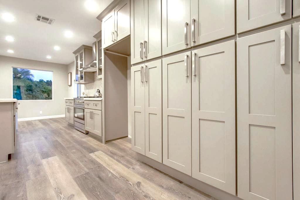 Planning a Remodeling Project Using Shaker Kitchen Cabinets