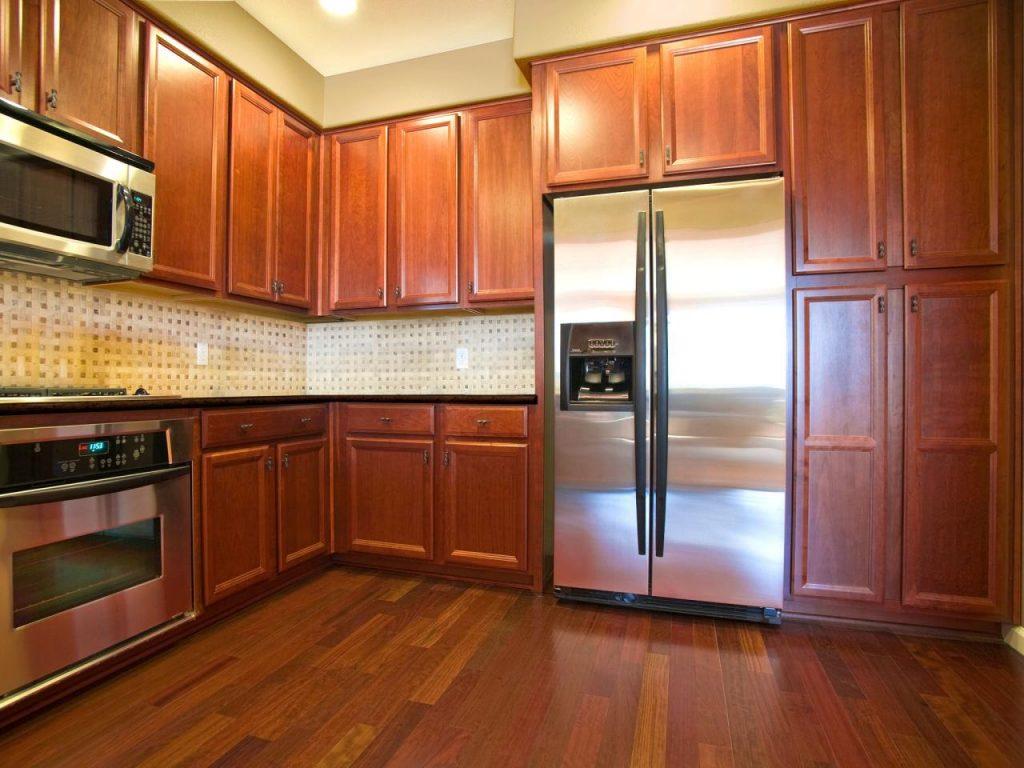 oak-kitchen-cabinet