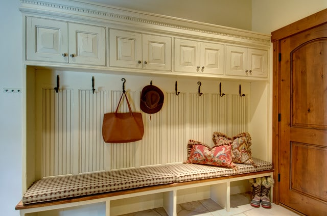comfortable-laundry-room