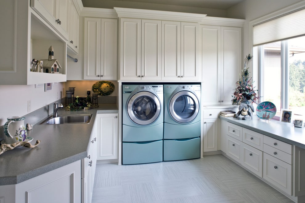 laundry-room-decorated