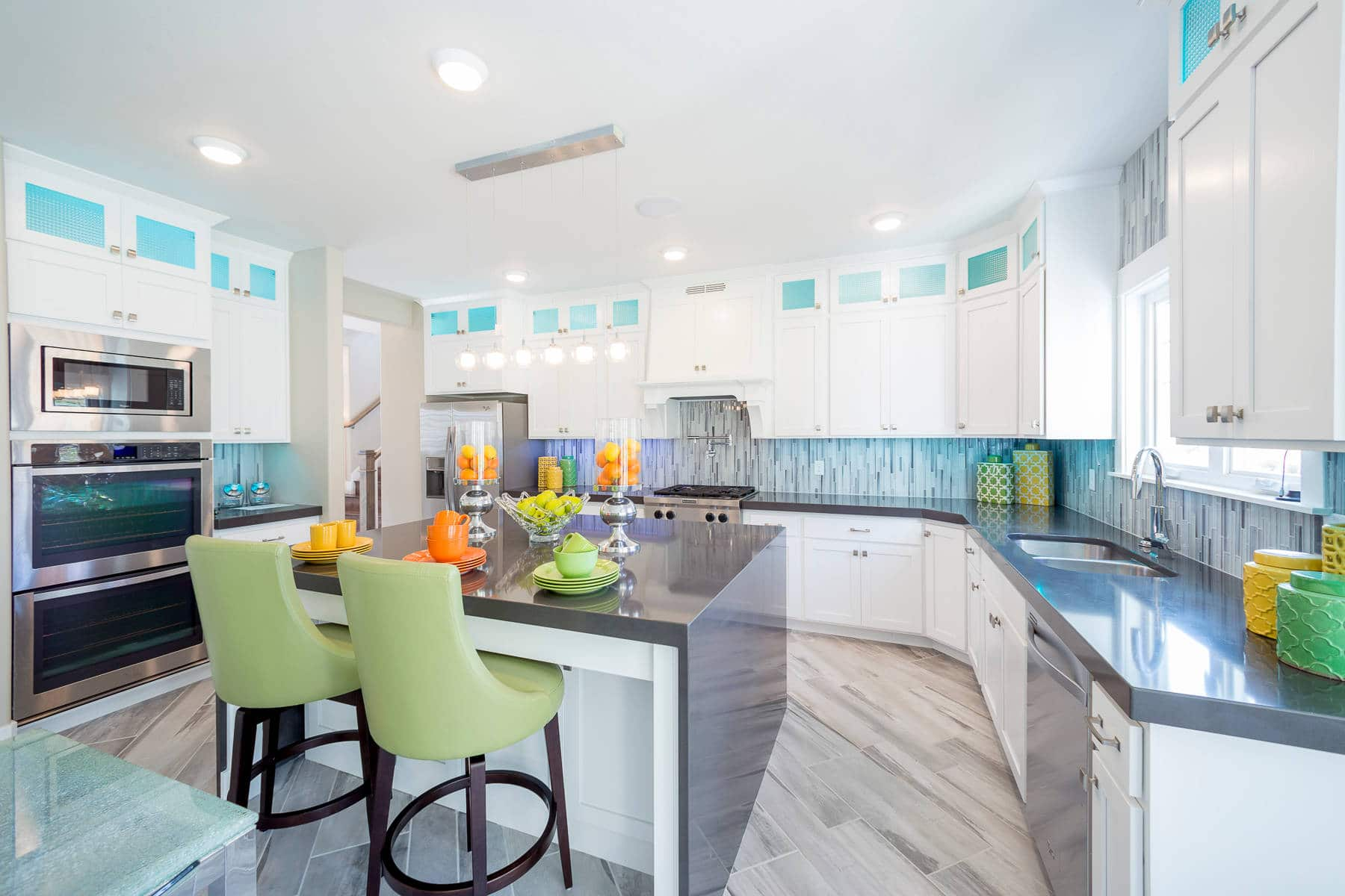white-shaker-kitchen-cabinets-cool-color