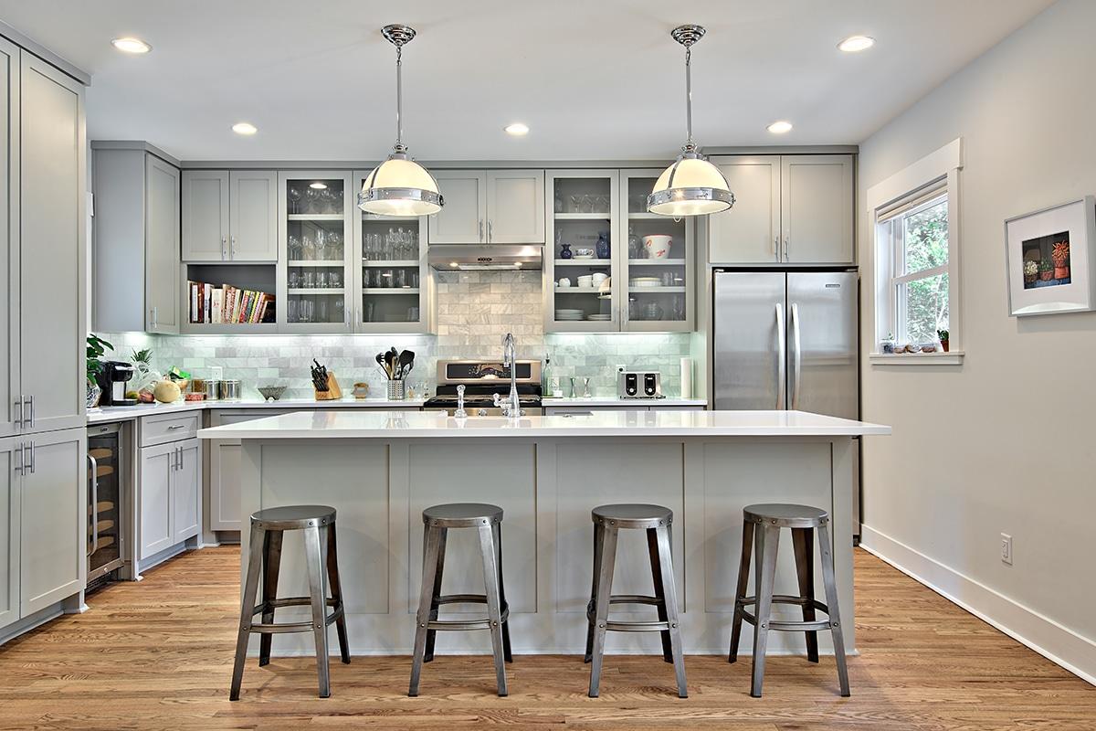 a grey-rta-kitchen-cabinet-shaker-style-ktichen