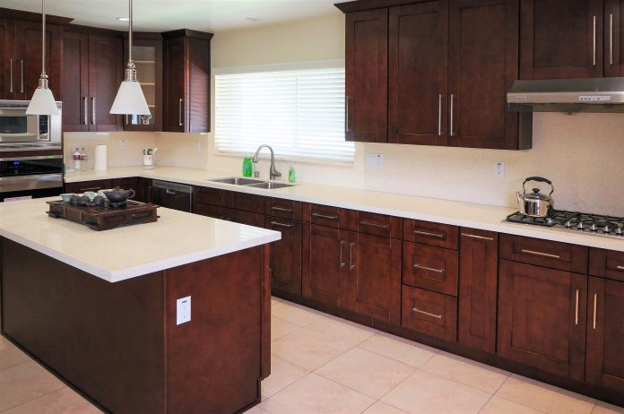dark-cherry-wood-reddish-brown-rta-kitchen-cabinets
