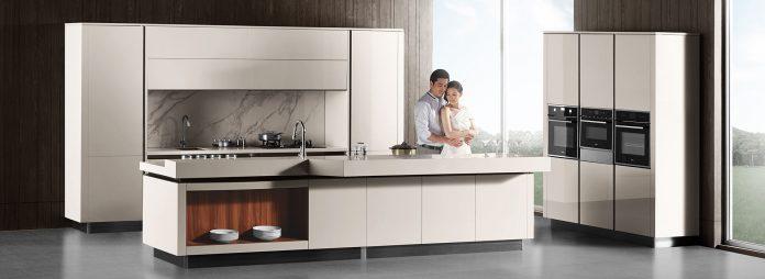 couple-enjoys-their-Euro-style-cabinets