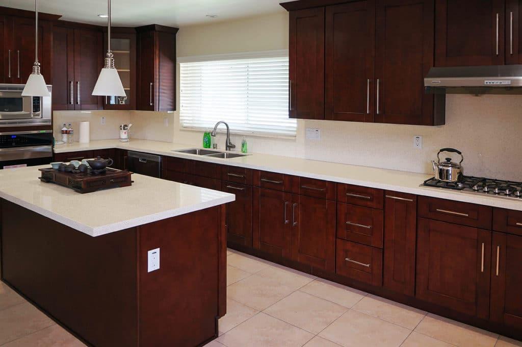 20 Reasons Americans Love Shaker Kitchen Cabinets Best Online