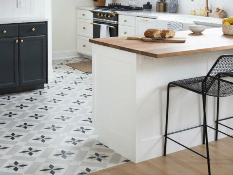 retro-chic kitchen