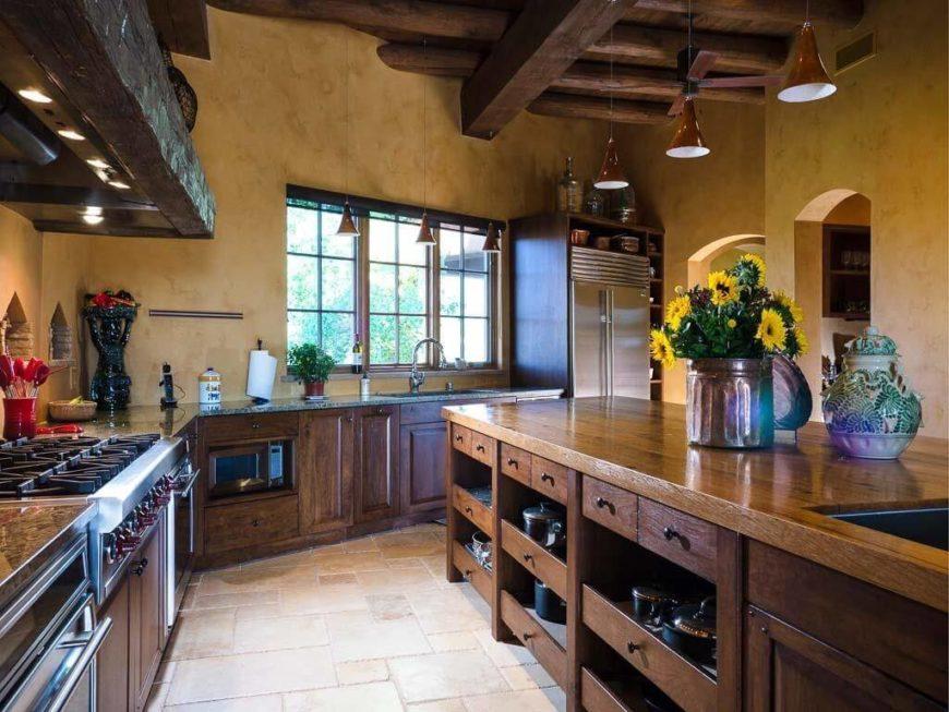Mediterranean-Style Kitchen